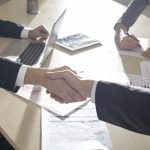 1対1の商談の場|顧客獲得プロセス3:商談